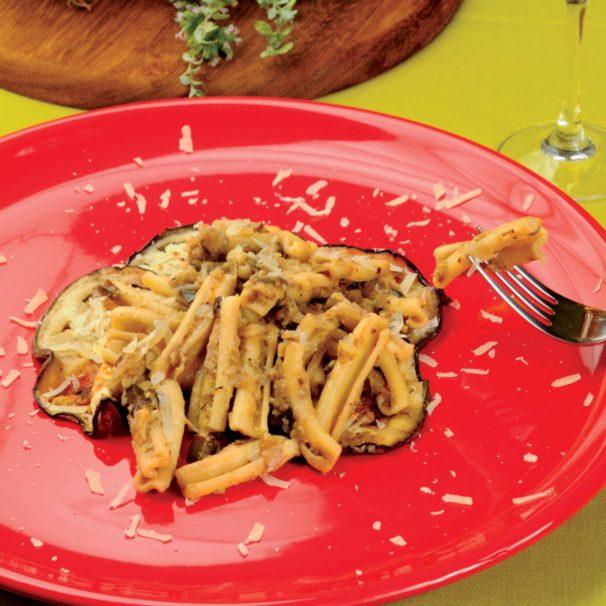 Cucinare Italy - casarecce with aubergine